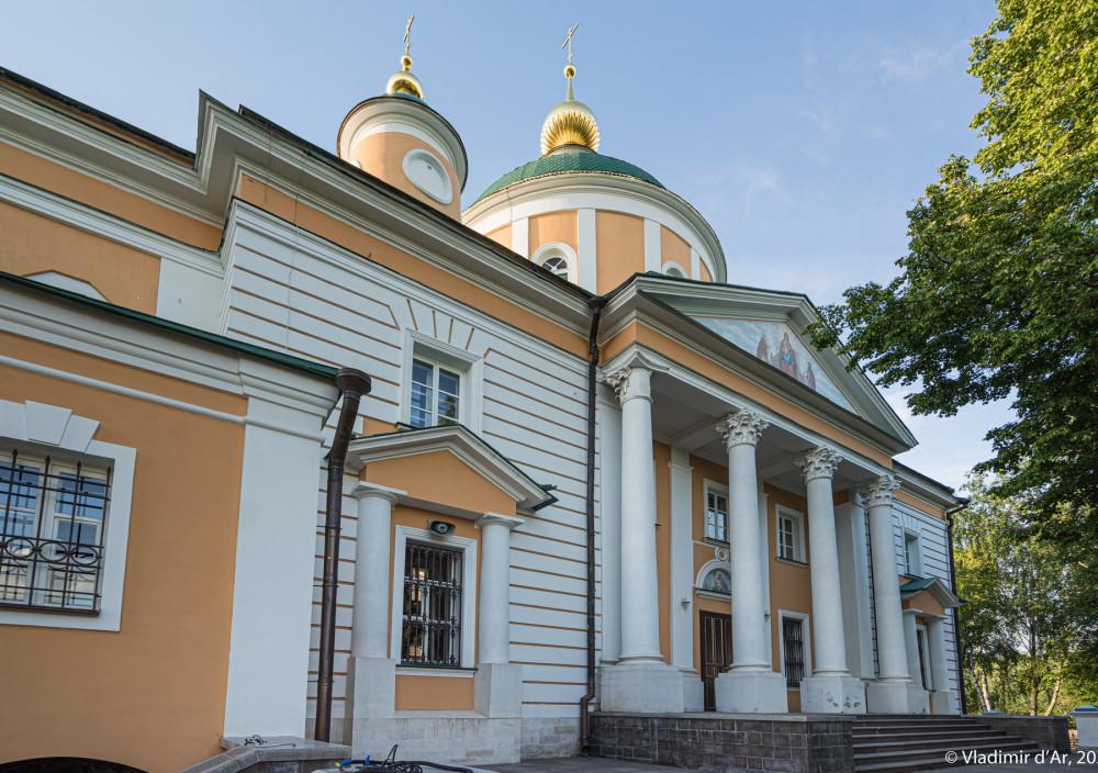15. Южный фасад Покровского собора