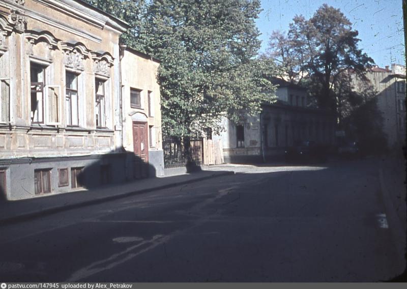 Дегтярный переулок