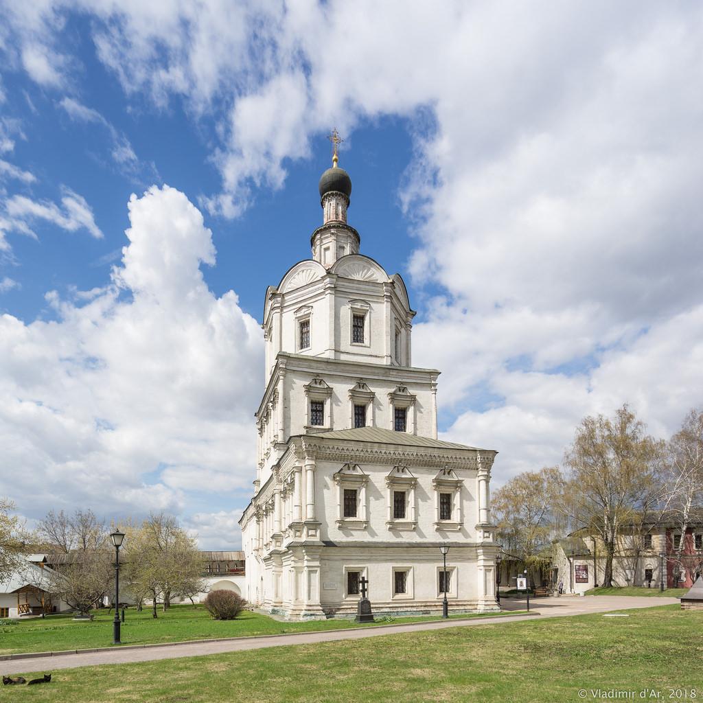 Спасо-Андроников монастырь. Церковь Михаила Архангела.