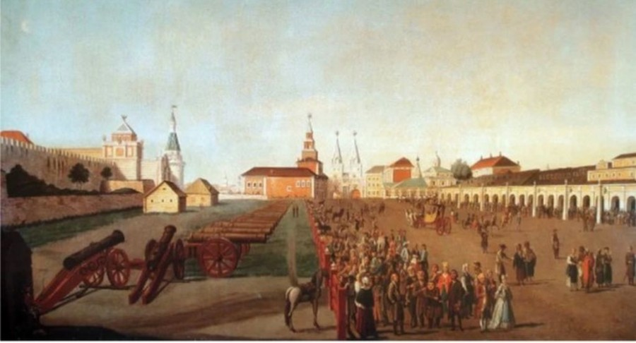 Где находилось первое здание Московского университета?