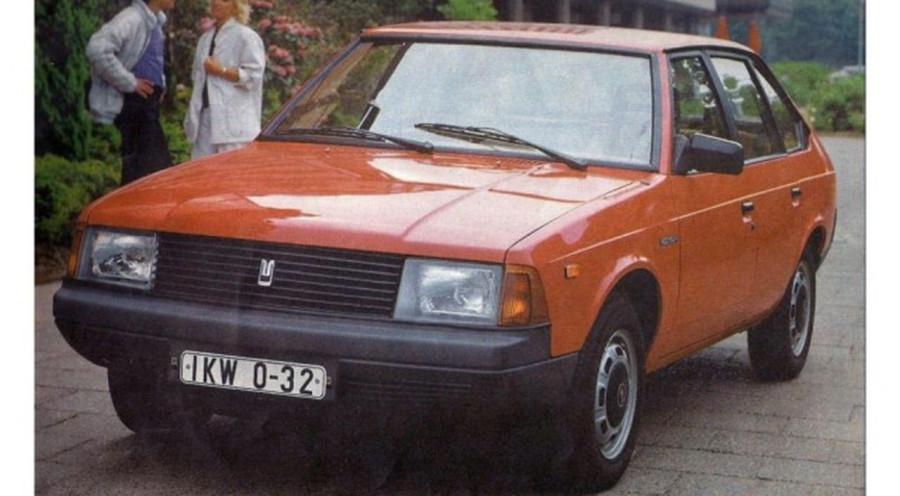 АЗЛК-2141. Как будущий «сорок первый» оказался лишен собственного «сердца» двигатель, пришлось, «сорок, мотор, более, автомобиля, Москвича, дизель, первый», Москвичи, стало, литра, оказался, вполне, заниматься, моторы, индексом, УЗАМ33110, модели, Жигулей