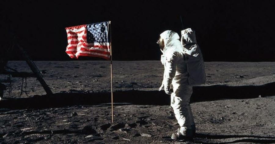 Удивительные факты, о которых никто никогда не говорил Вам о первой посадки на Луну
