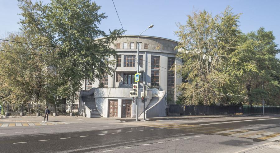Клуб завода «Каучук», Плющиха, 64