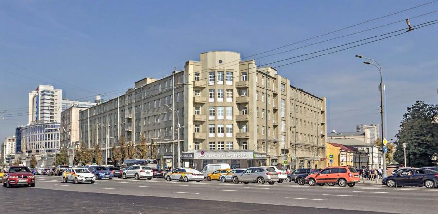 """""""Универмаг Торгсин"""", Смоленская площадь. Архитектор В.М. Маят"""