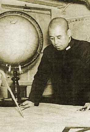 Я. Исороку маршал флота Японии