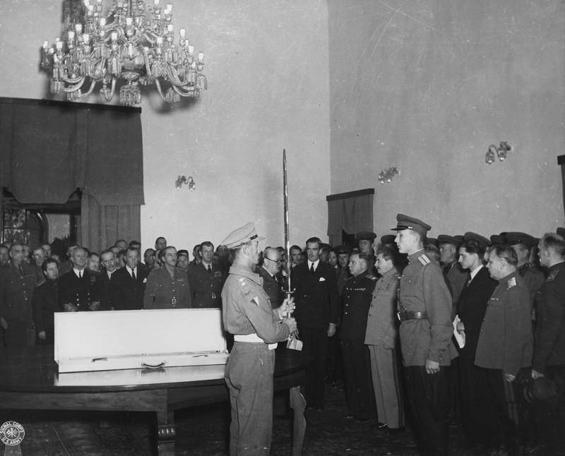 Церемония вручения (Тегеран 1943 год)
