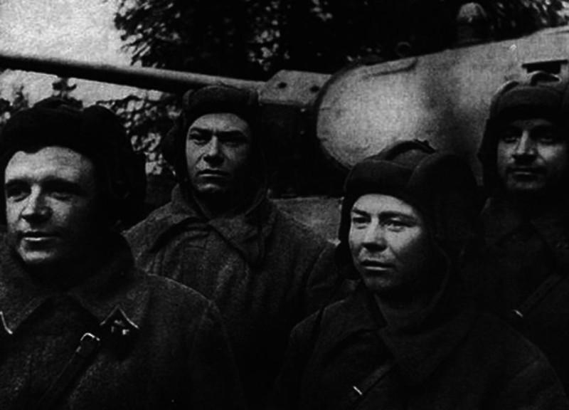 Экипаж советского танкового аса на Т-34 под Москвой