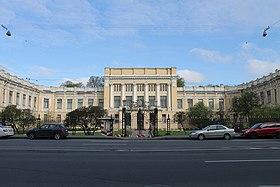 Петербург Английская наб. 32