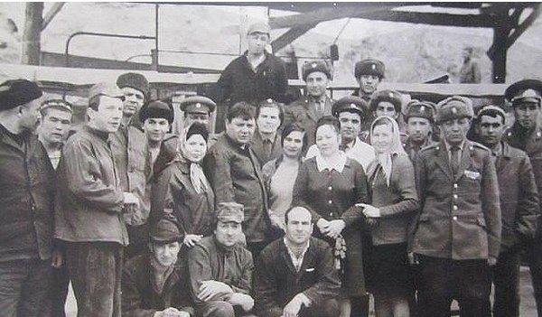 Фото на память с работниками колонии в Самарканде