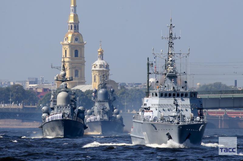 Корабли ВМФ в Петербурге