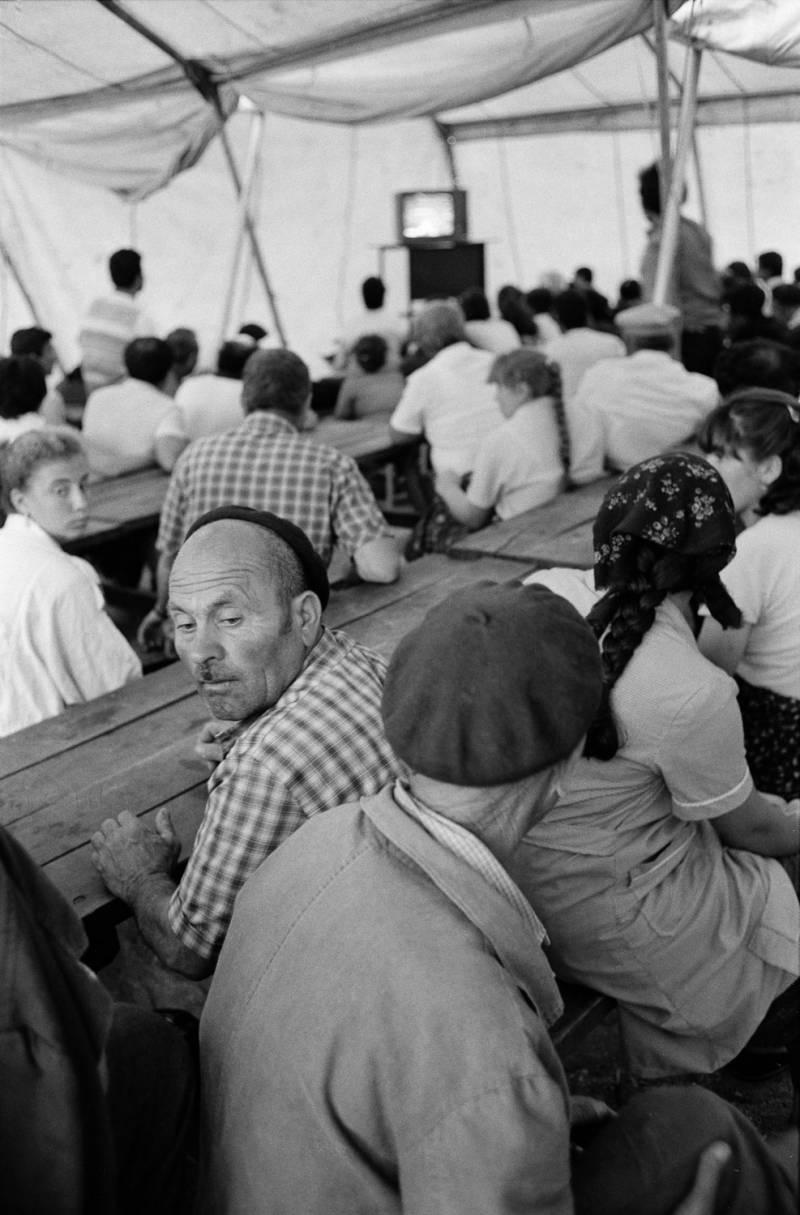 Болгарские турки в построенном для их размещения лагере, Эдирне, 30 июня 1989 г.
