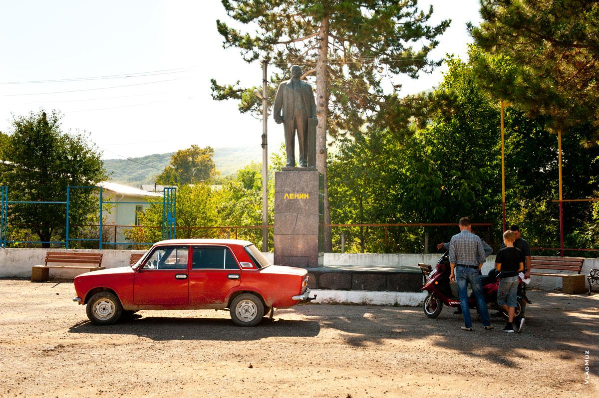 Крым, село Терновка, Ленин, Жигули