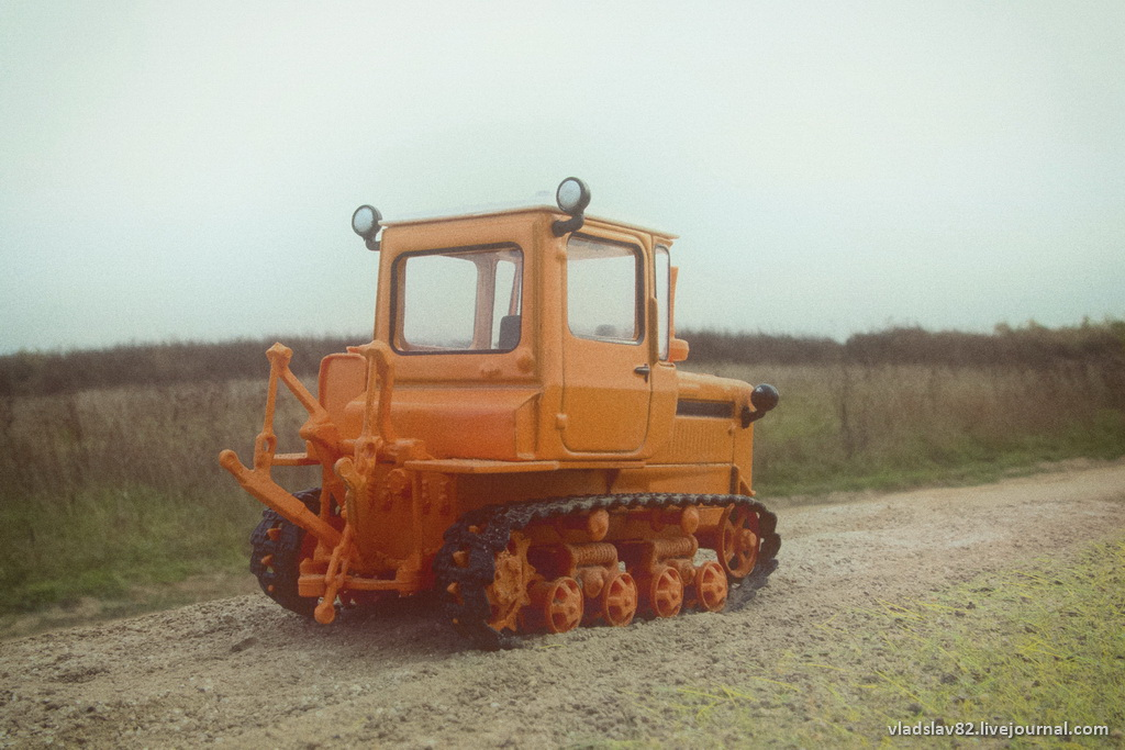 Тракторы по грязи - YouTube
