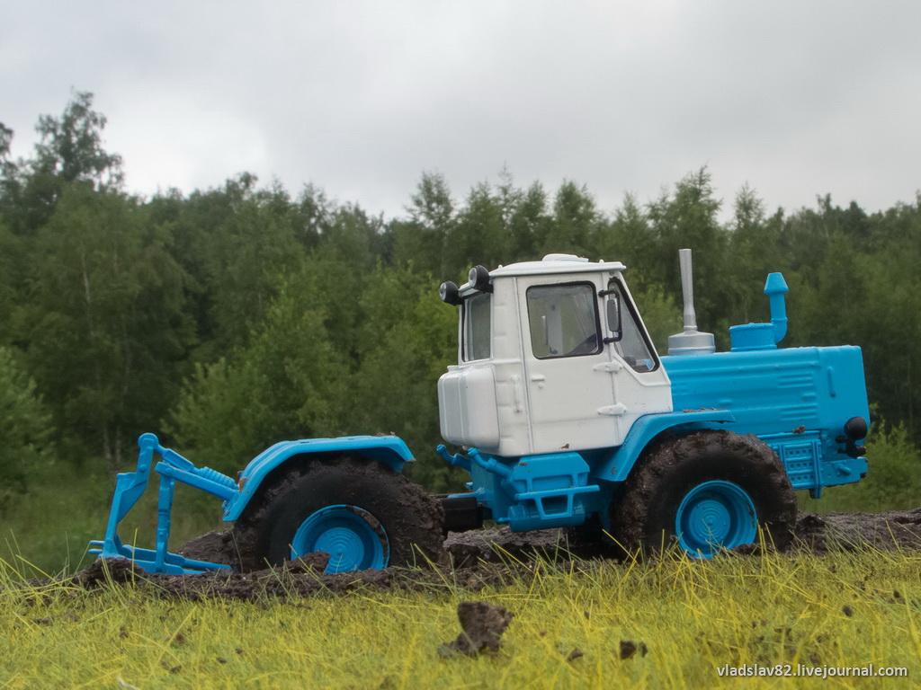 Полурама колесного трактора МТЗ-80/82