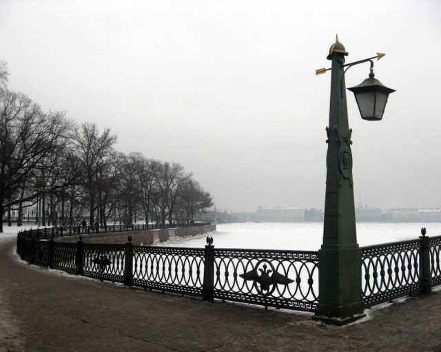 У Петропавловки