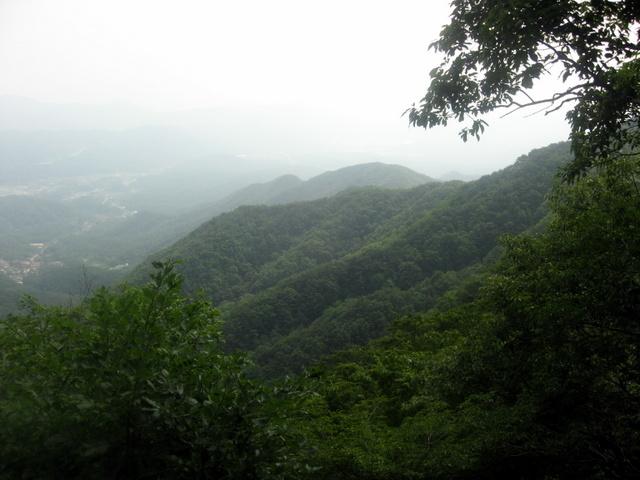 Пхальгонсан. Вид на запад