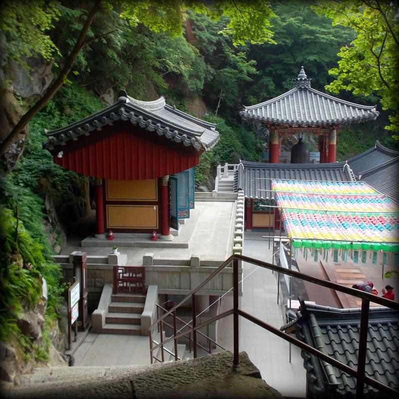 храм и колокол