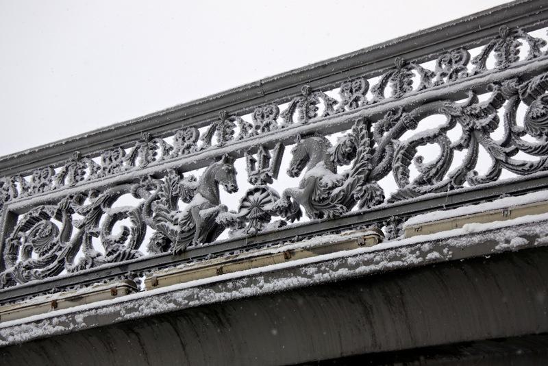Решётка Благовещенского моста