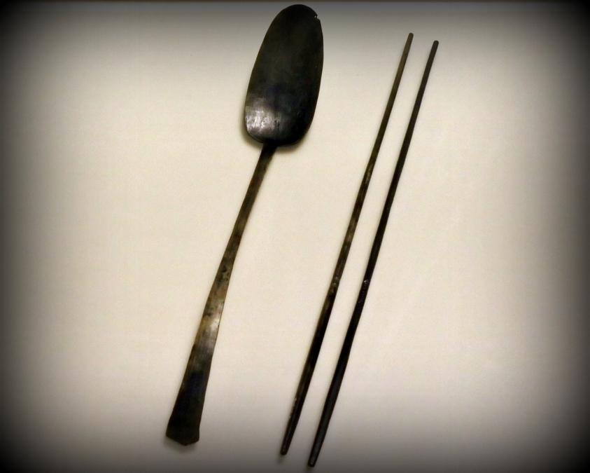 Ложка и палочки эпохи Корё