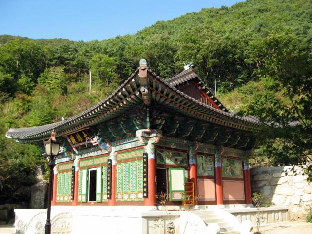 Пальгонсан. Храм