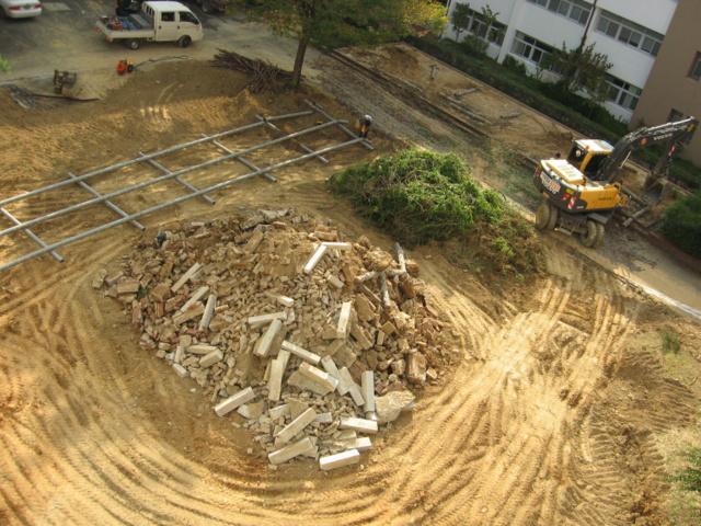 Реконструкция двора