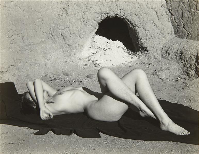 EDWARD WESTON. Nude, New Mexico, 1937