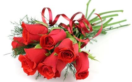 57308-cvety-krasnye-buket-lentochka-rozy-belyi-fon