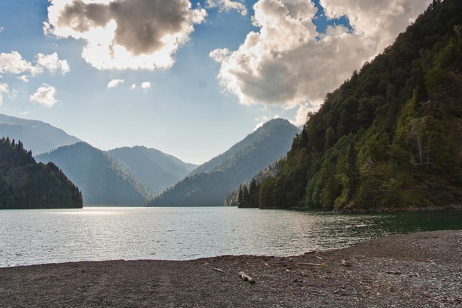 недозревших плодов озеро рица вид сверху фото таким важным