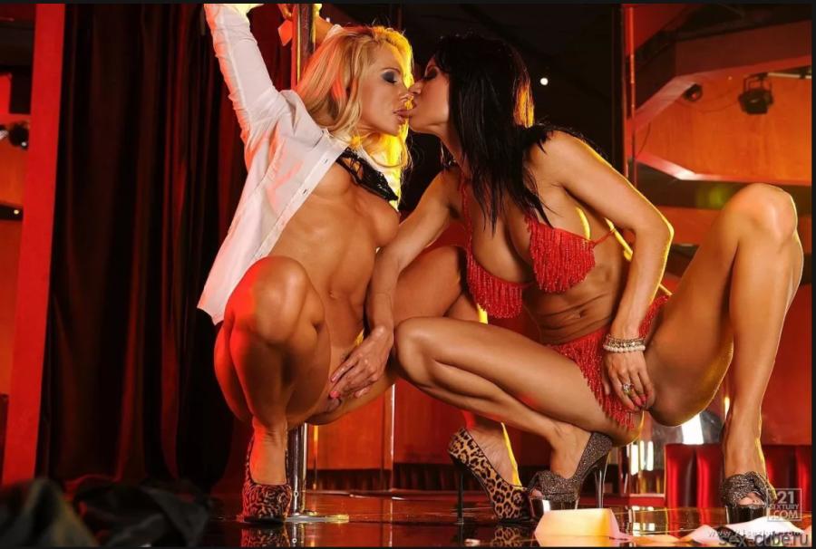 Видео голых девушек стриптизерш и парень 3