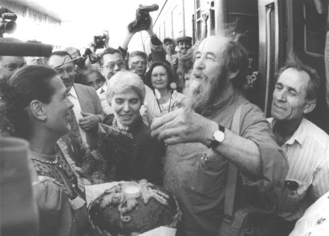20181123_07-59-Наталия Солженицына- К трудам мужа возвращаются, когда ситуация становится тревожной-pic2