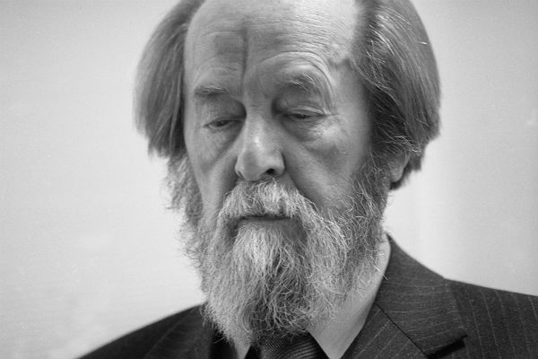 20181207_00-04-Олеся Фокина. Три года рядом с Солженицыным