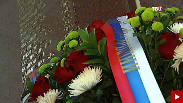 20150505_12-08-Лавров поздравил ветеранов МИД с 70-ой годовщиной Победы-pic0