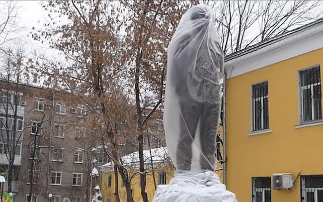 20181217_16-11-Солженицына решили оберегать от всенародной любви-pic1