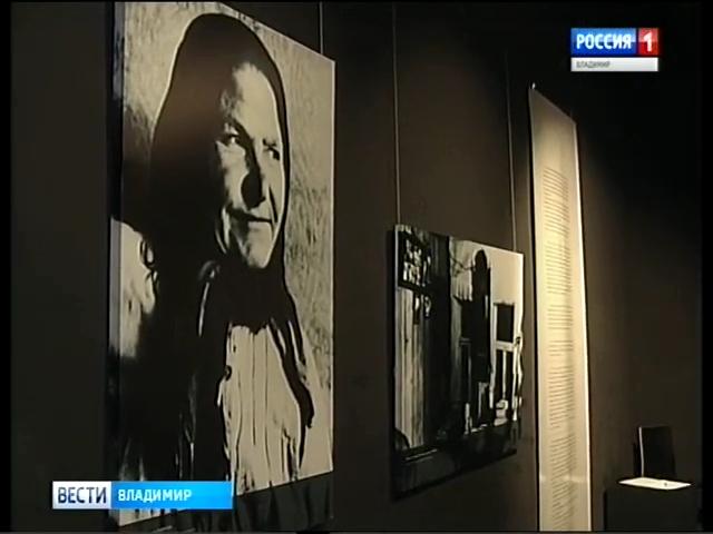 20190102_16-07-Вдова и сын Александра Солженицына посетили владимирскую экспозицию, подготовленную к столетию писателя-pic68
