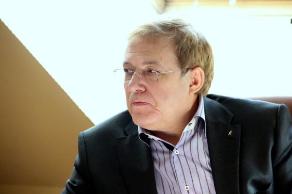 20190109_19-35-В Москве умер главред киевского еженедельника 2000 Сергей Кичигин