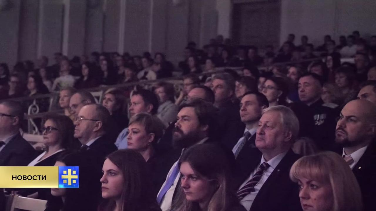 Возрождение монархии- «Двуглавый орёл» проводит в Мурманске череду мероприятий в память о Николае II - YouTube-pic14