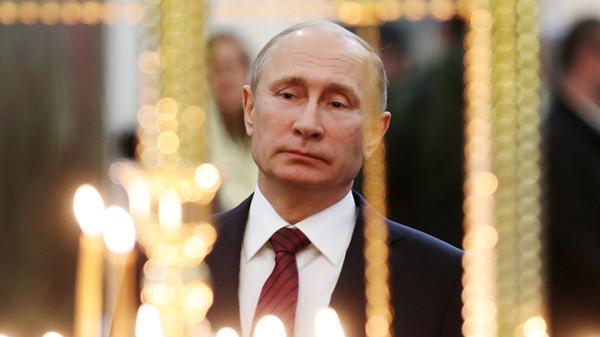 20190313_18-50-Не на дворцы и яхты- Путин пожертвовал на икону для храма Вооружённых сил-pic1