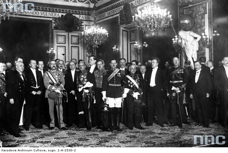 Składanie życzeń noworocznych prezydentowi RP Ignacemu Mościckiemu na Zamku Królewskim w Warszawie~PIC_1-A-1530-2