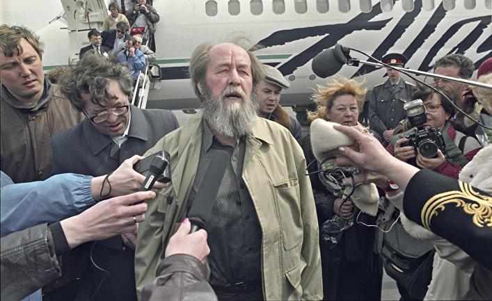 20190701-Paris Match (Франция)- когда Солженицын вернулся в Россию-pic1