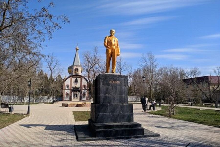 20190813_21-40-Крым, Красноперекопск- переплюнуть Украину в антисоветизме-pic1