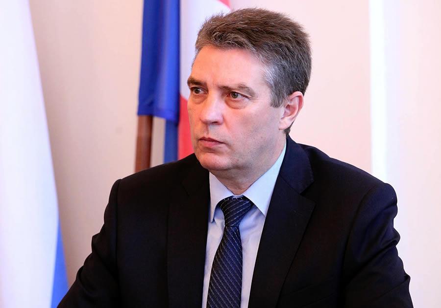 20190918_12-40-Николай Балахин избран председателем горсовета Гусь-Хрустального