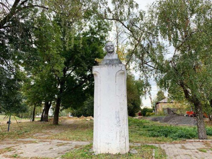 20190928_15-54-Депутат Госдумы от КПРФ призвал прекратить провокативную авантюру по переносу памятника Ленину в Венёве-pic1