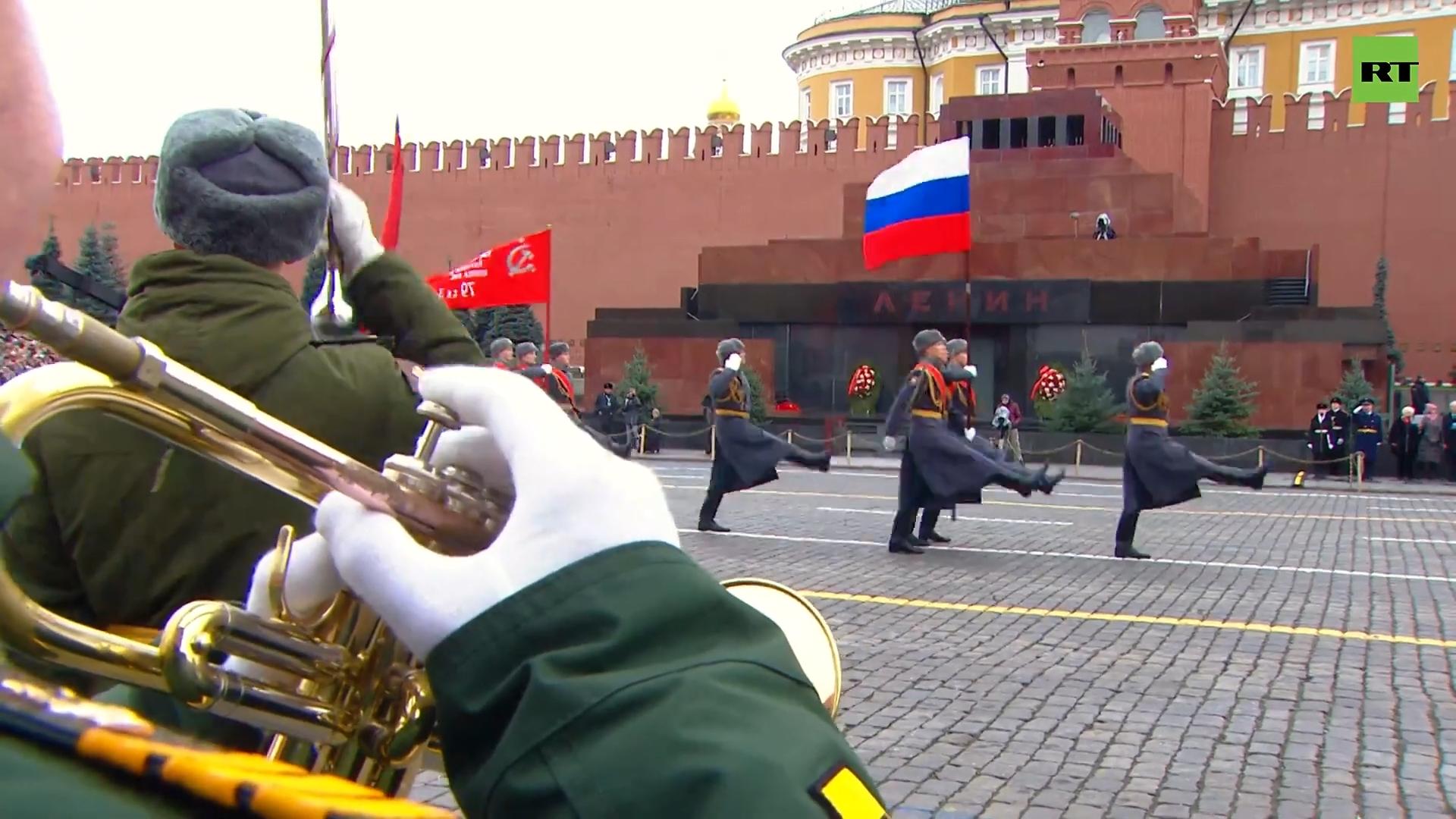05-Торжественный марш в честь годовщины парада 1941 года — LIVE