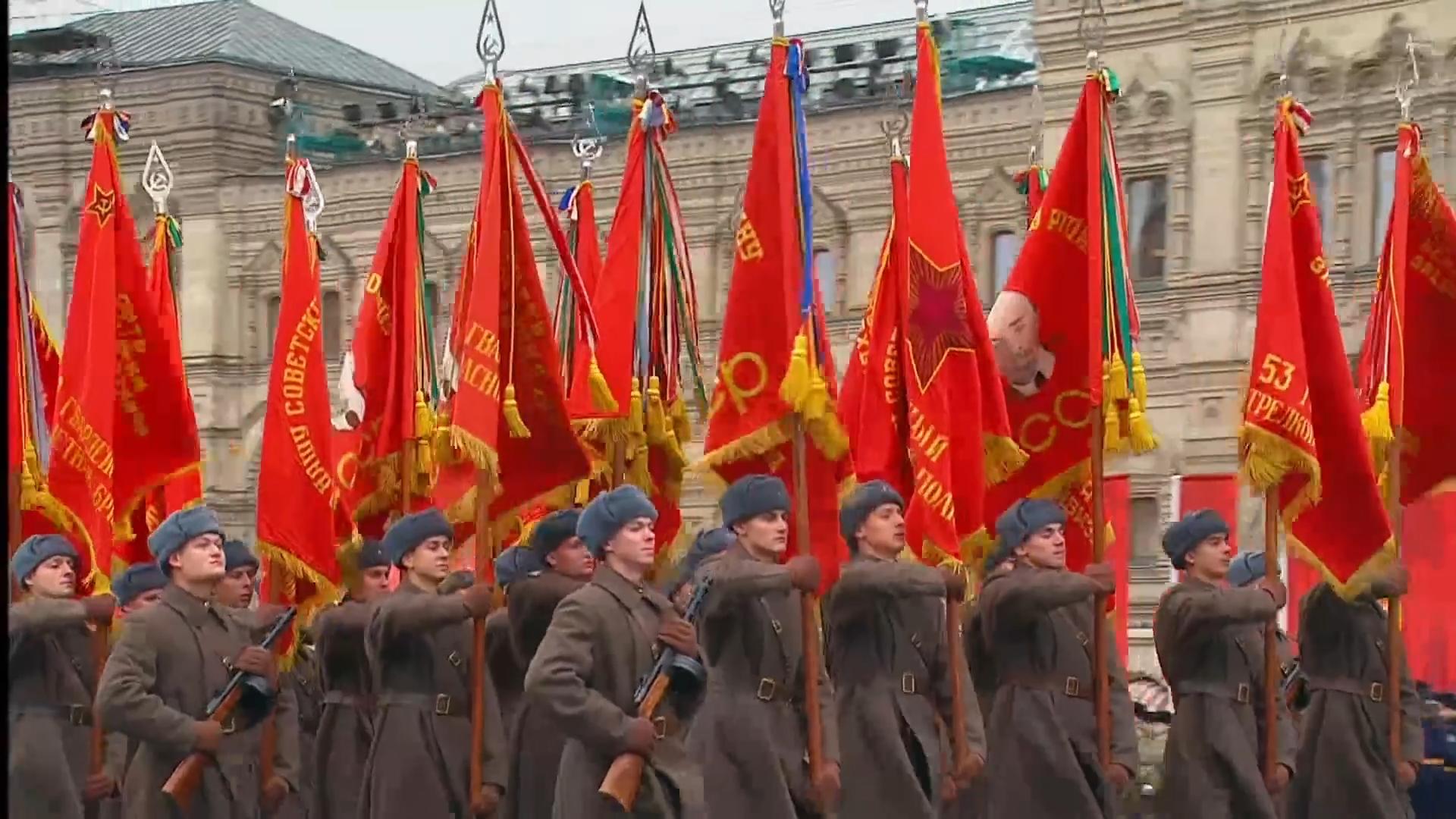 41-Марш в честь годовщины парада на Красной площади 1941-го года в Москве. Прямая трансляция
