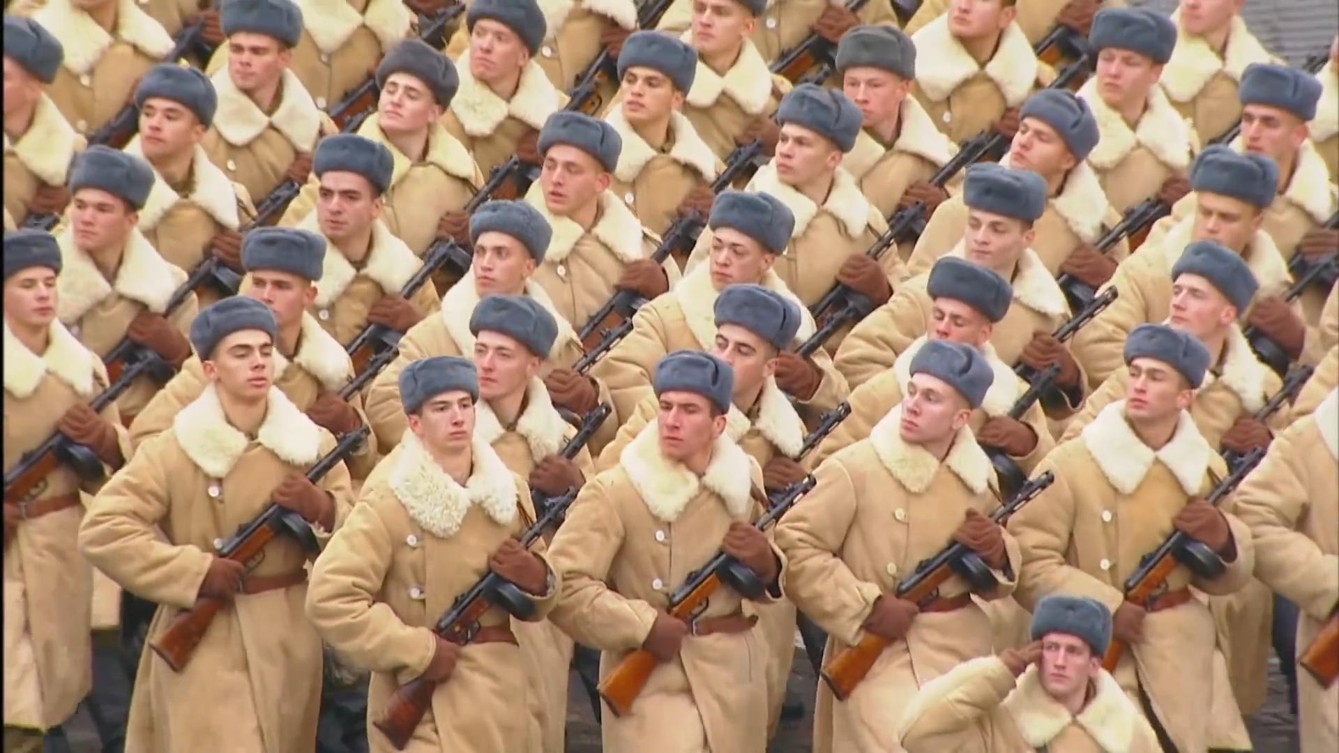 47-Марш в честь годовщины парада на Красной площади 1941-го года в Москве. Прямая трансляция