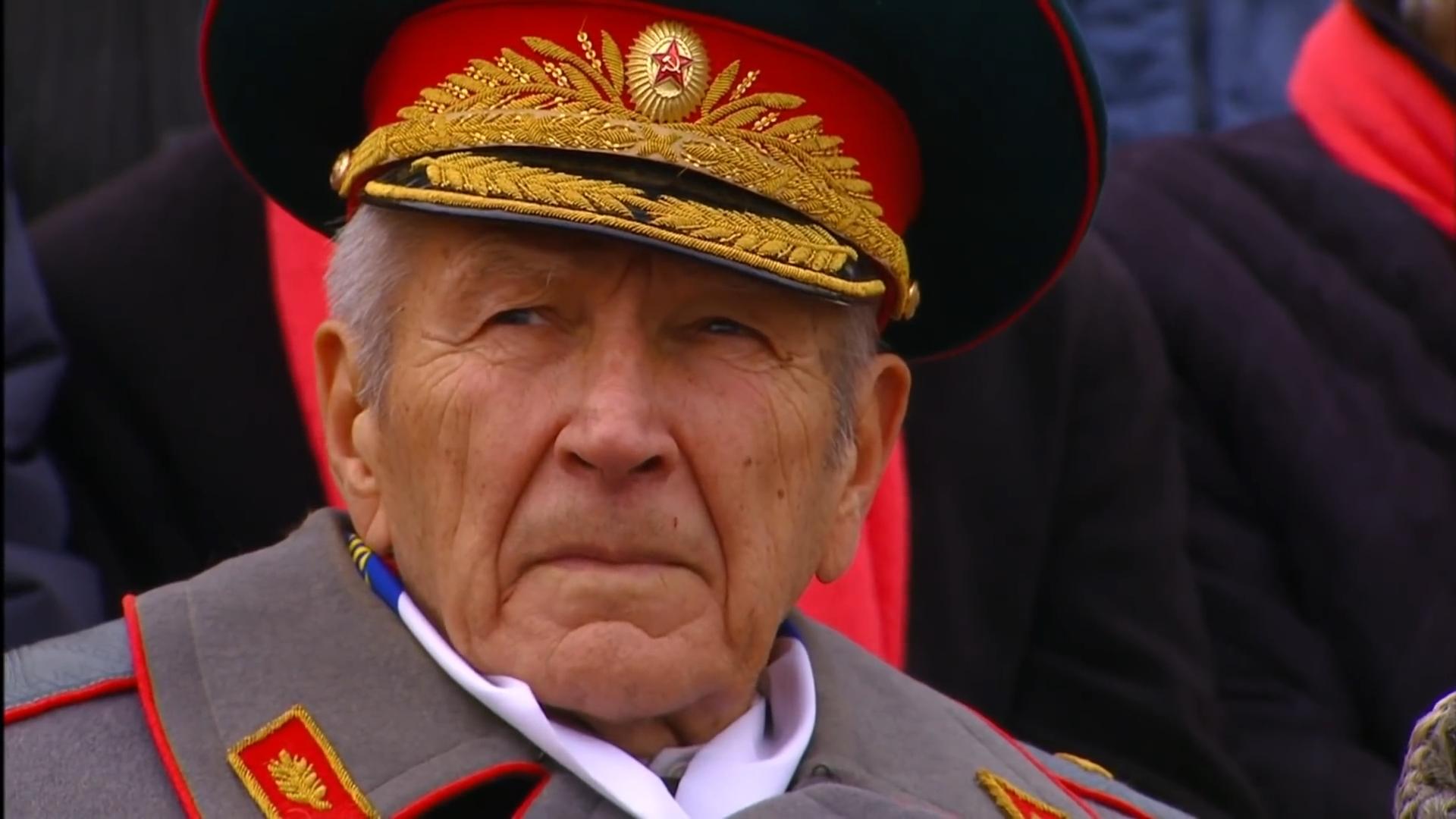 63-Марш в честь годовщины парада на Красной площади 1941-го года в Москве. Прямая трансляция