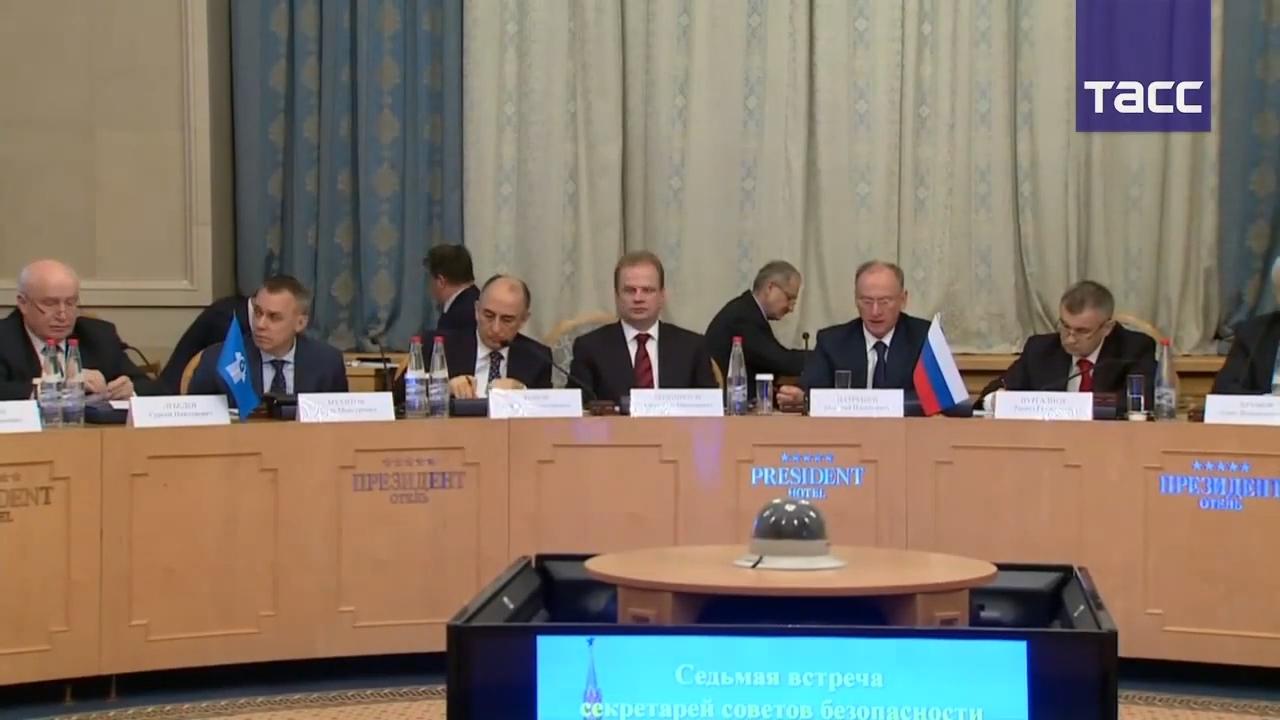 20191120-Секретарь Совета безопасности РФ Патрушев провел совещание с главами советов безопасности стран СНГ-pic4