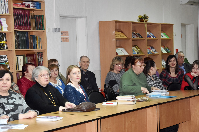 20190220_16-00-Сборник к 100-летию Александра Солженицына пришел к читателю-pic04