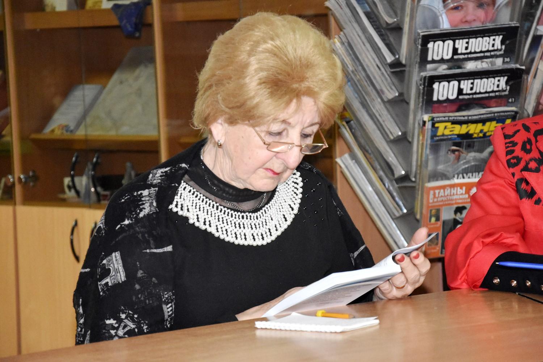 20190220_16-00-Сборник к 100-летию Александра Солженицына пришел к читателю-pic08