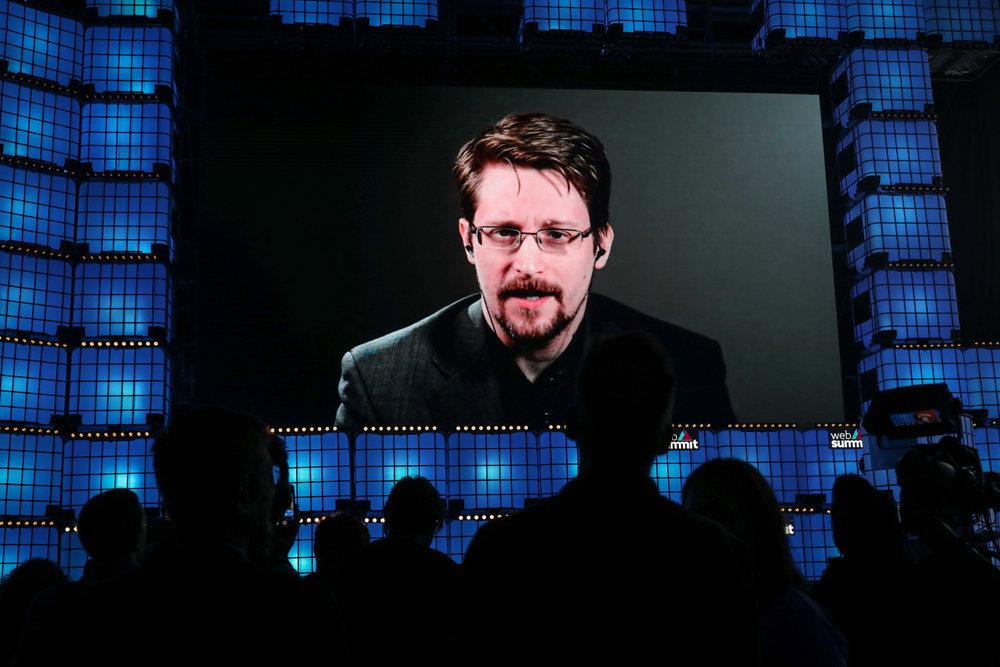 20200119_21-30-Автобиография Сноудена так же неоднозначна, как и ее автор-pic1